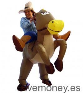Disfraz de cowboy con caballo hichable